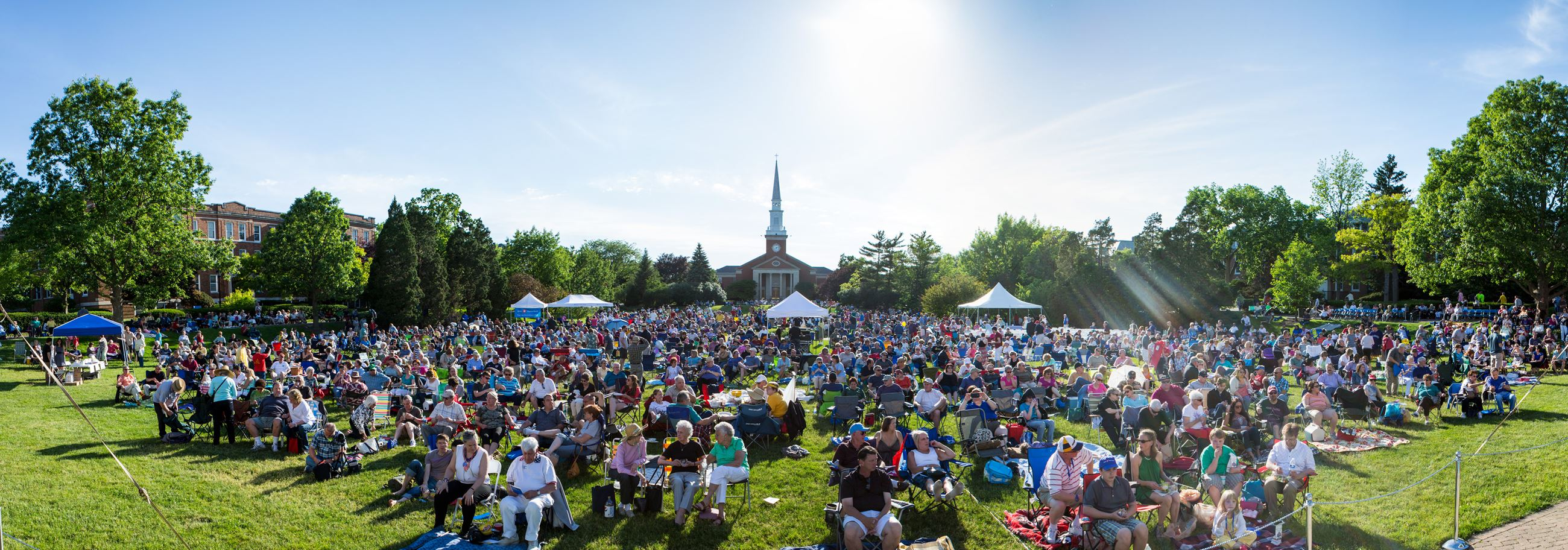 June Jazz crowd 2015